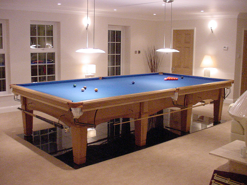 Contemporary Oak Snooker Table